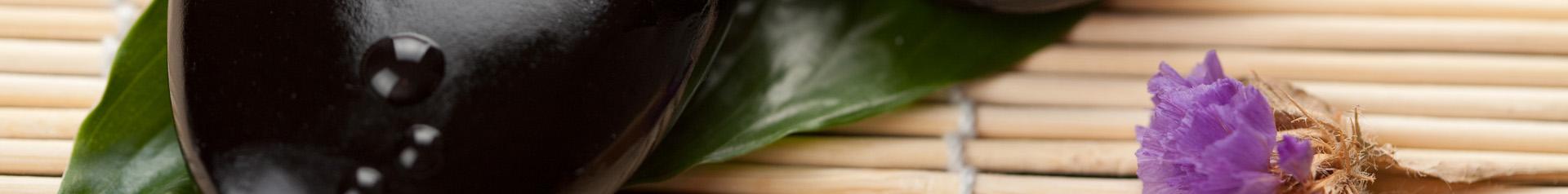 Havajská masáž teplými lávovými kameny